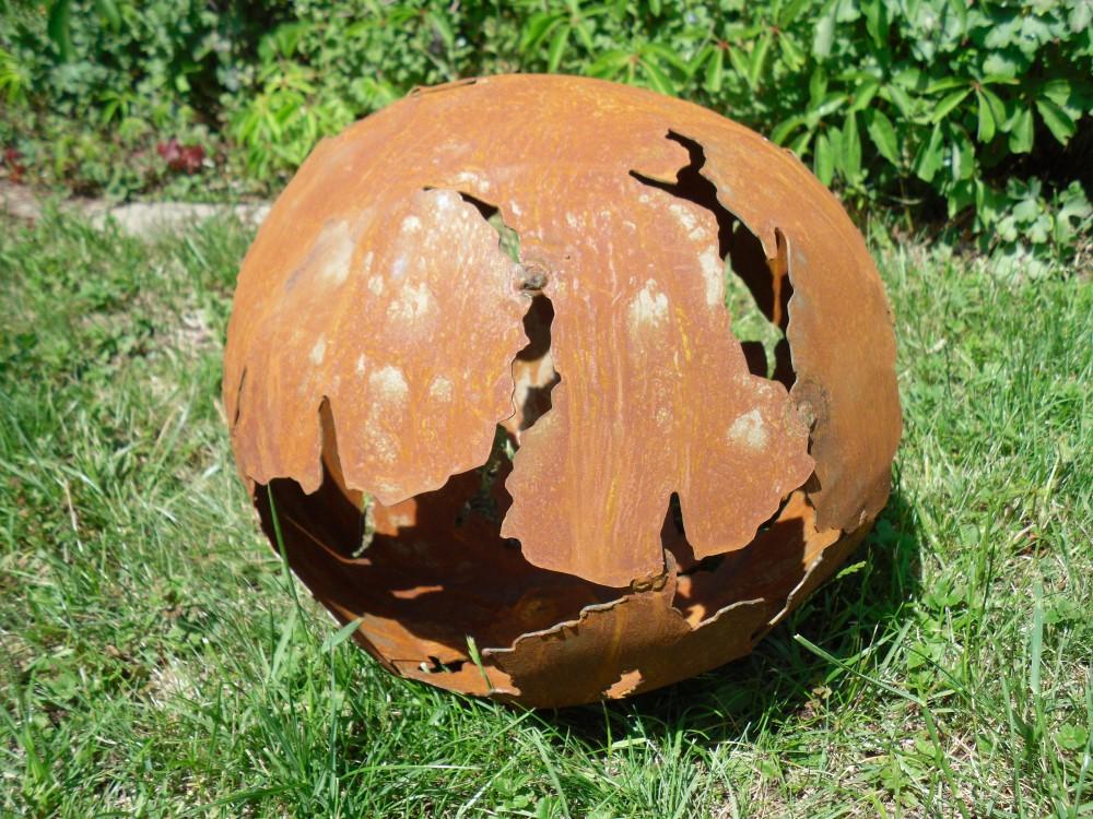 Rost kugel mit rissen edelrost riss gartendeko 30cm ebay for Edelrost gartendeko